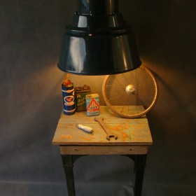 ANTHRACITE INDUSTRIAL LAMP
