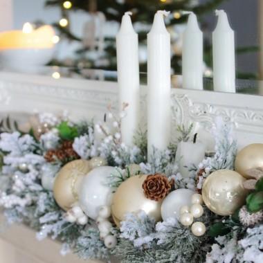 Kochani, życzę Wam, aby nadchodzący rok przyniósł wszystkim realizację marzeń, samych dobrych ludzi wokół, rodzinne szczęście i spełnienie zawodowe, a także czas na małe i duże przyjemności....Szczęśliwego Nowego Roku :)