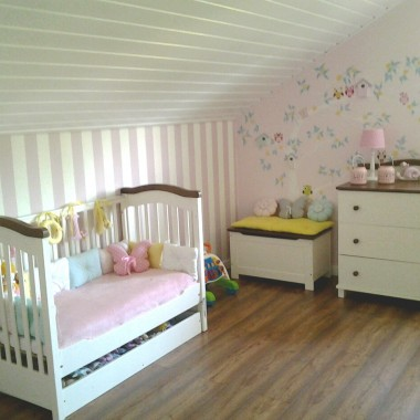 Pokój Poli i Toli w nowym domku :)