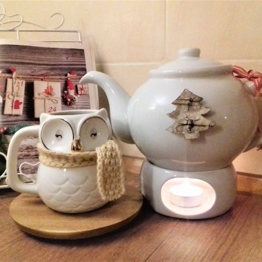 Pierniczki i filiżanki świąteczne to zestaw idealny do poświatecznej kawki:) A ja na punkcie filiżanek i kubków mam bzika:)) Taka moja mała pasja&#x3B;)))