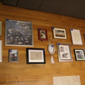 Dylematy, inspiracje i dziury w ścianie.