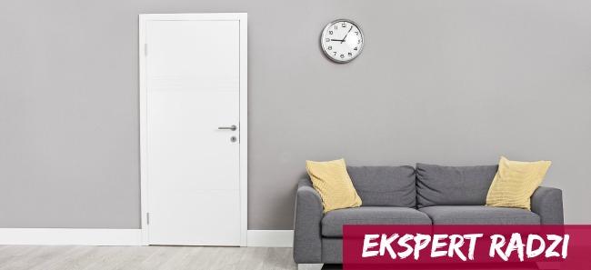 Jak zestawić kolor drzwi i podłogi?