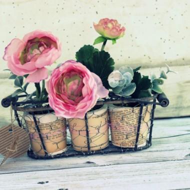 Druciane koszyki + róż + pożółkły papier