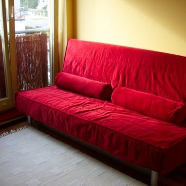 sypialnia i pokój do pracy w jednym