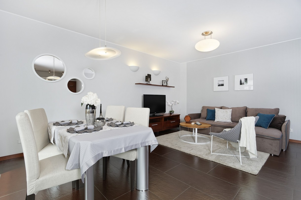 Salon, Home staging – apartament na Starym Mokotowie w Warszawie - Salon po zmianie