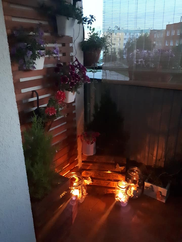 Balkon, Mały ogród na drugim piętrze:) - zmierzch:)