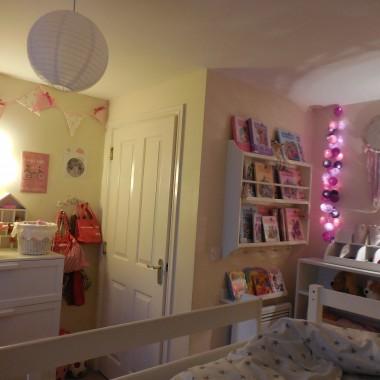 Pokój mojej 8 letniej córeczki w wersji wieczorowej :)