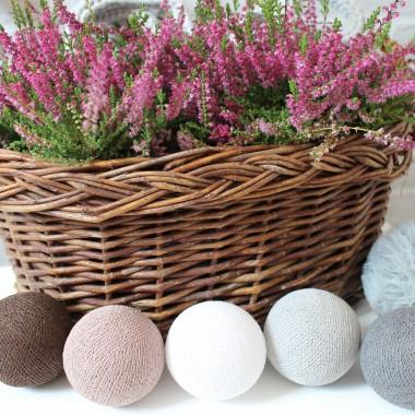 Zestaw cotton balls CHESTNUT doskonale odnajduje się w jesiennej kompozycji. Oryginalne zestawy cotton balls znajdziecie u nas www.bogatewnetrza.pl
