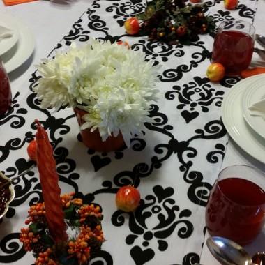 Dekoracja stołu na Wszystkich Świętych