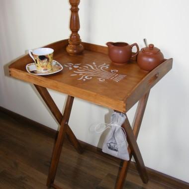 stolik i komódka :)