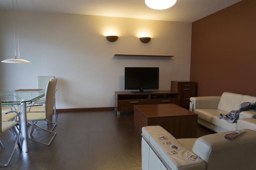Salon, Home staging – apartament na Starym Mokotowie w Warszawie - Salon przed zmianą