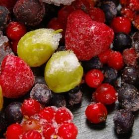 Jak przechowywać sezonowe owoce i warzywa