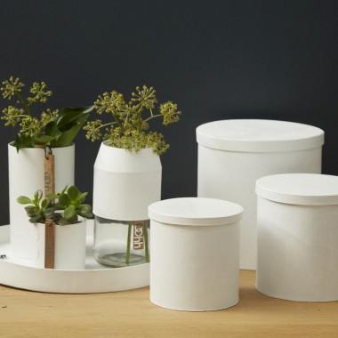 planBKolekcja osłonek i tac ROME, z których można stworzyć designerskie pudełka. Produkty wykonane z papieru, w strukturze przypominające gumę. Cena: 16-89 zł.