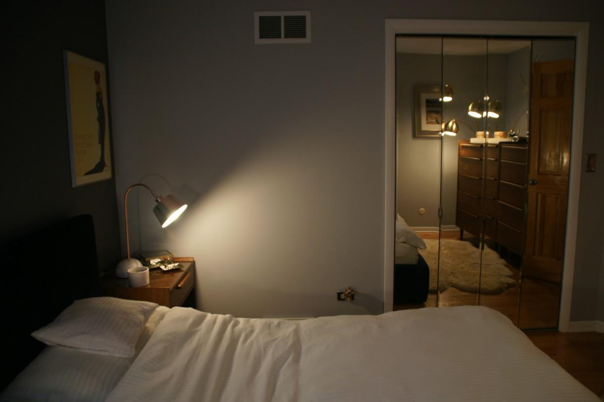 Zdjęcie 416 W Aranżacji Mala Sypialnia Z Duzym Lozkiem