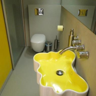 KOLOR w łazience - by HOKO GROUP /projekt + zdjęcia z realizacji